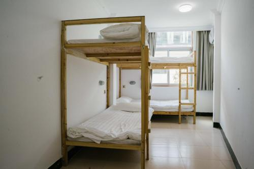 Yujian Hotel