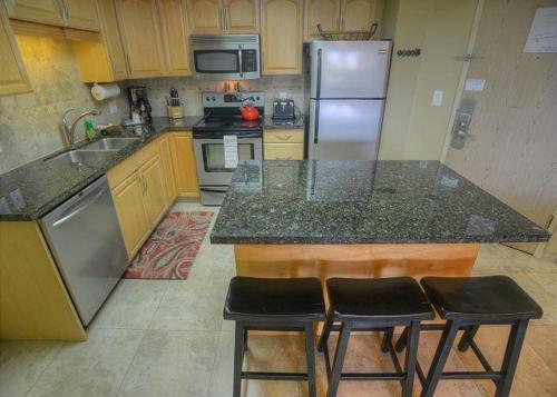 Maui Banyan T-301 - Two Bedroom Condo - Kihei, HI 96753