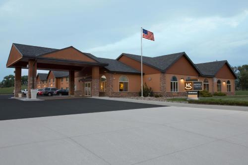 Miles City Hotel & Suites - Miles City, MT 59301