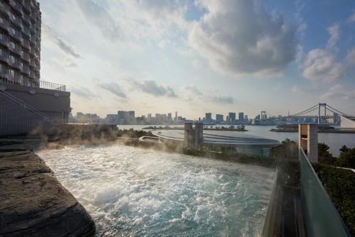 Hilton Tokyo Odaiba photo 42