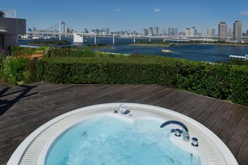 Hilton Tokyo Odaiba photo 43