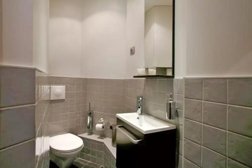 Apartment Saintonge photo 16