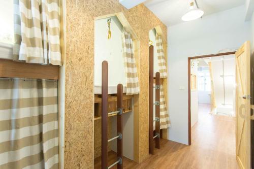 Barn & Bed Hostel photo 15