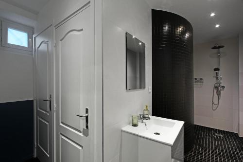 Pick a Flat - Apartment in Montorgueil / Aboukir photo 5