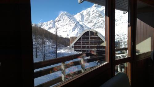 Panorama apartment in Cervinia Breuil Cervinia