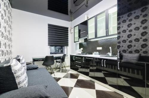 . Apartments Arkadija-Tsekhova 1