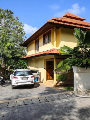 3 Bedroom Villa on Beach Front Resort TG25