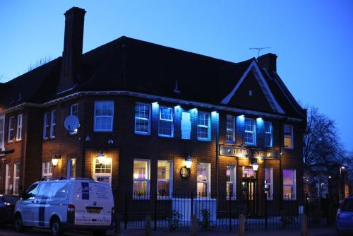 The Bull And Bush Hotel Kingston picture 1 of 30