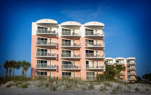 Beach House Suites By The Don Cesar - St Petersburg, FL 33706