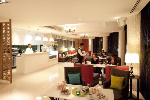 Lantana Resort photo 7
