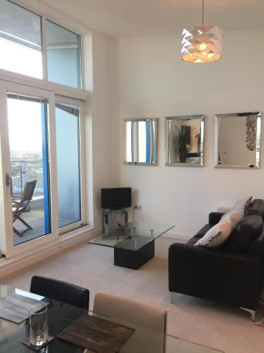 . Penthouse Apartment with Free Allocated Parking