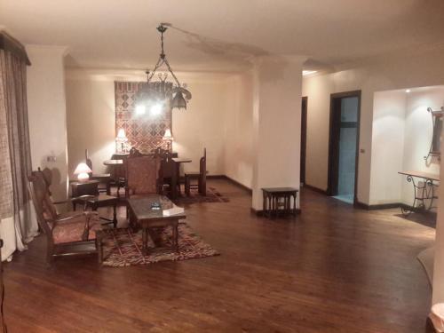 Maadi int'l centre apartments - image 11