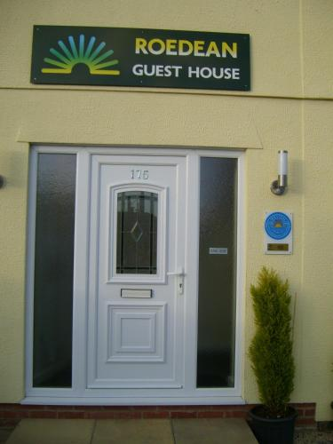 Roedean Guest House - Photo 4 of 61