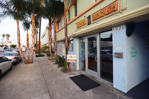 Banana Bungalow - Los Angeles, CA 90028