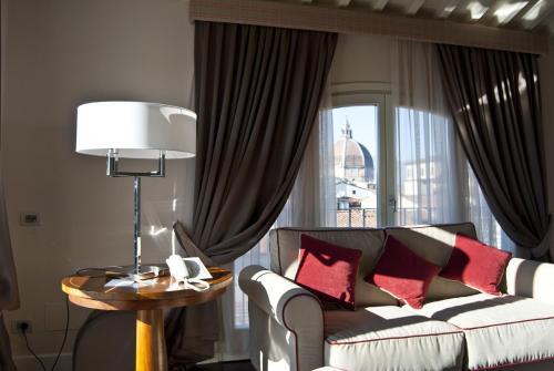 . Hotel Patria