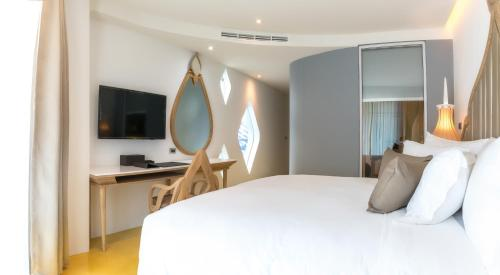Anajak Bangkok Hotel photo 13