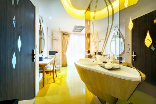 Anajak Bangkok Hotel photo 15