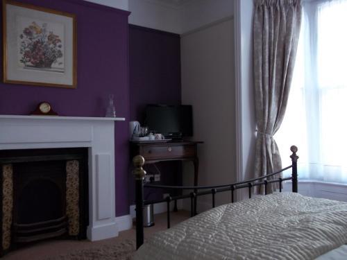 Wellington House - Photo 7 of 31