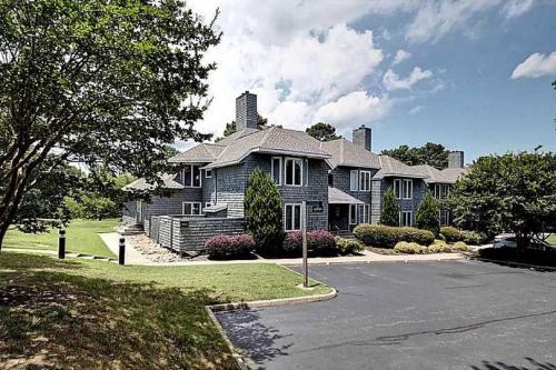 . Stunning 2BR Kingsmill Condo in Williamsburg, VA