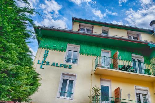 . Hotel Les Alpes