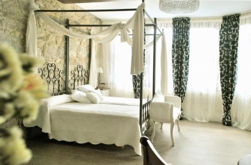 Suite Complejo Turístico Rural A TORRE DE LAXE 1