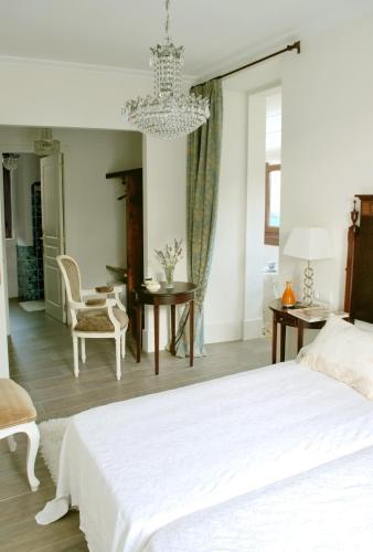 Superior Double or Twin Room Complejo Turístico Rural A TORRE DE LAXE 1