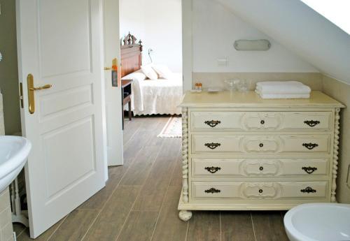 Standard Double or Twin Room Complejo Turístico Rural A TORRE DE LAXE 1