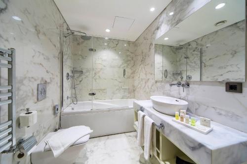 Hotel Morione & Spa Center Полулюкс Делюкс с гидромассажной ванной и собственной террасой
