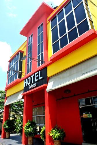 __{offers.Best_flights}__ Wau Hotel & Cafe