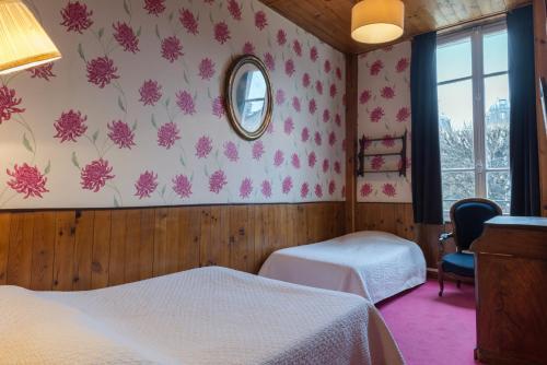 Hotel Esmeralda room photos