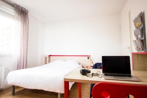 Seven Lodge - Hôtel - Lyon