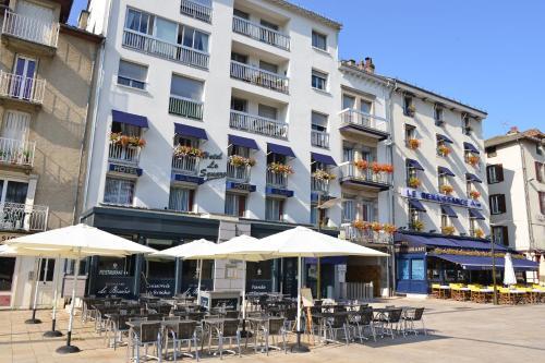 Hôtel Le Square - Hôtel - Aurillac