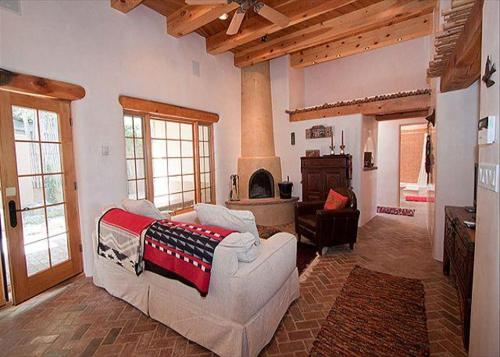 Casa Sin Nombre Two Bedroom Holiday Home
