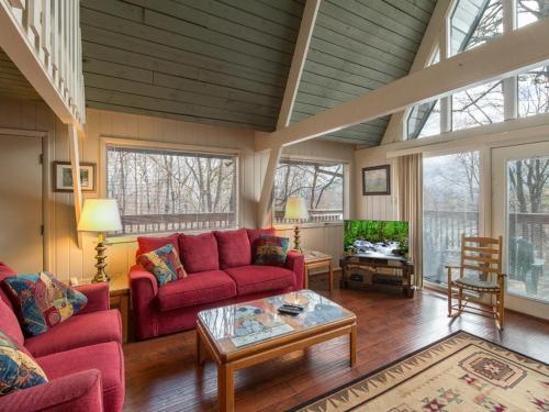 Echota- Four-Bedroom Cabin