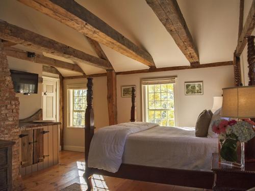 . Three Chimneys Inn
