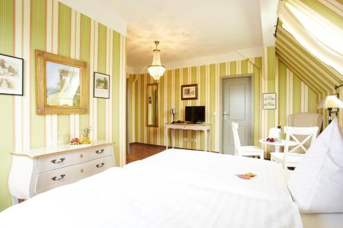A Hotel Com Gastwirtschaft Hotel Hallescher Anger Hotel