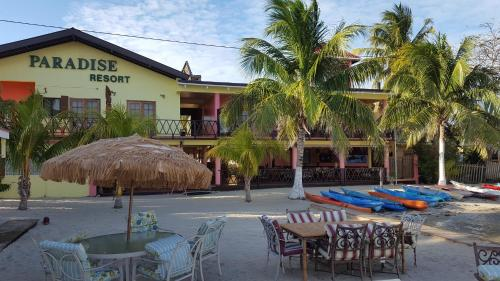 . Alan's Paradise Hotel