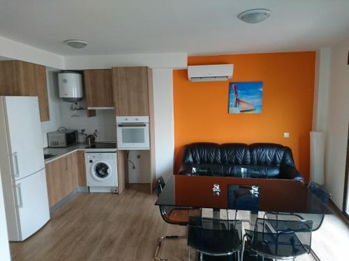 Cinque Terre Apartments - image 8