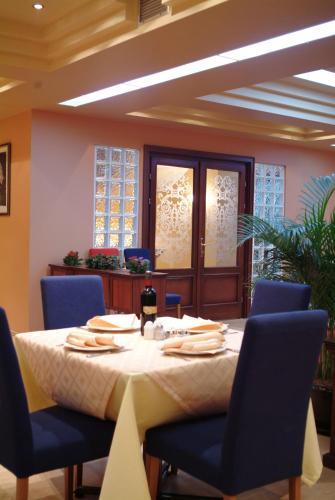 HotelHotel Ora