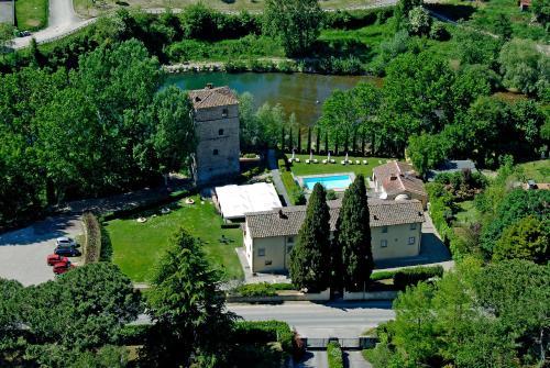 Фото отеля Relais Torre Santa Flora