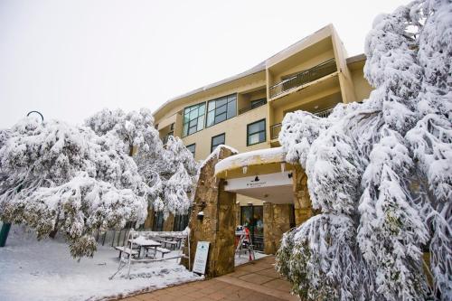 Mt Buller Chalet Hotel & Suites - Mount Buller
