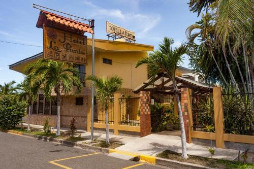 . Hotel La Punta