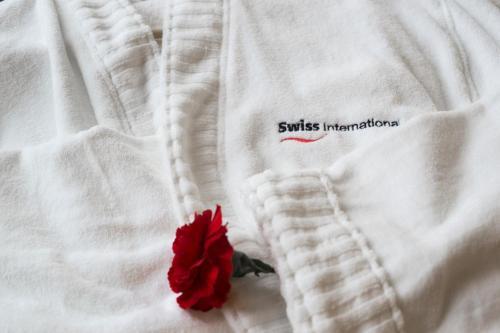 Swiss International Palace Hotel room photos