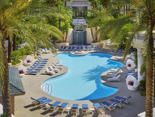 Four Seasons Hotel Las Vegas - Accommodation