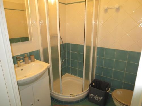 Carabacel room photos
