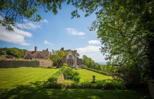 . Lympne Castle Cottages