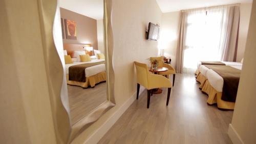 Hotel Puerta de Toledo - image 6