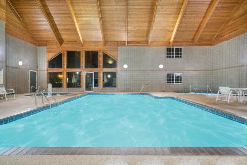 Baymont By Wyndham Baxter/Brainerd Area - Baxter, MN 56425
