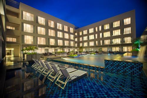 . Oakwood Residence Prestige Whitefield Bangalore