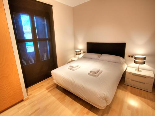 Tamarit Apartments photo 18
